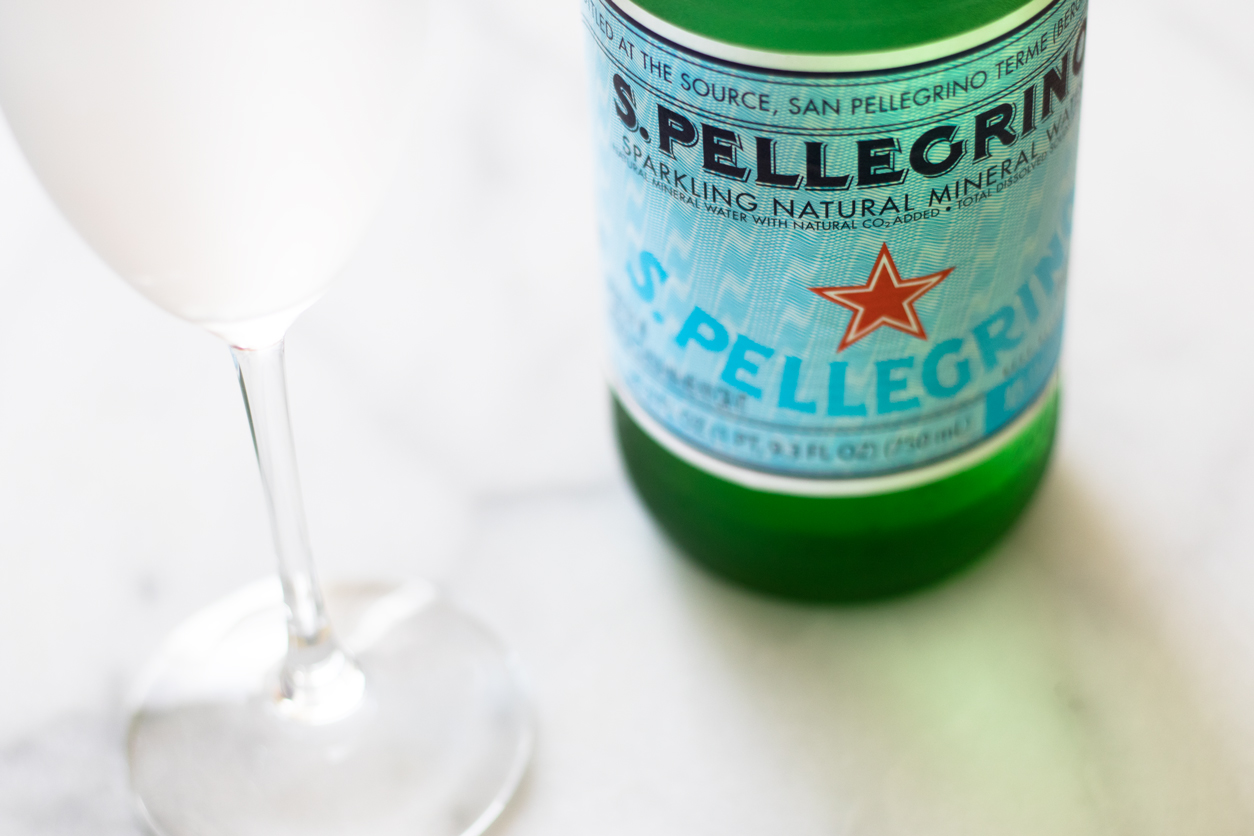 How to drink more water_Pellegrino, champ glass_joyfetti.com