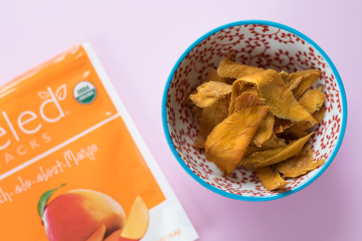 Healthy snacks and giveaway_dried mango_joyfetti.com