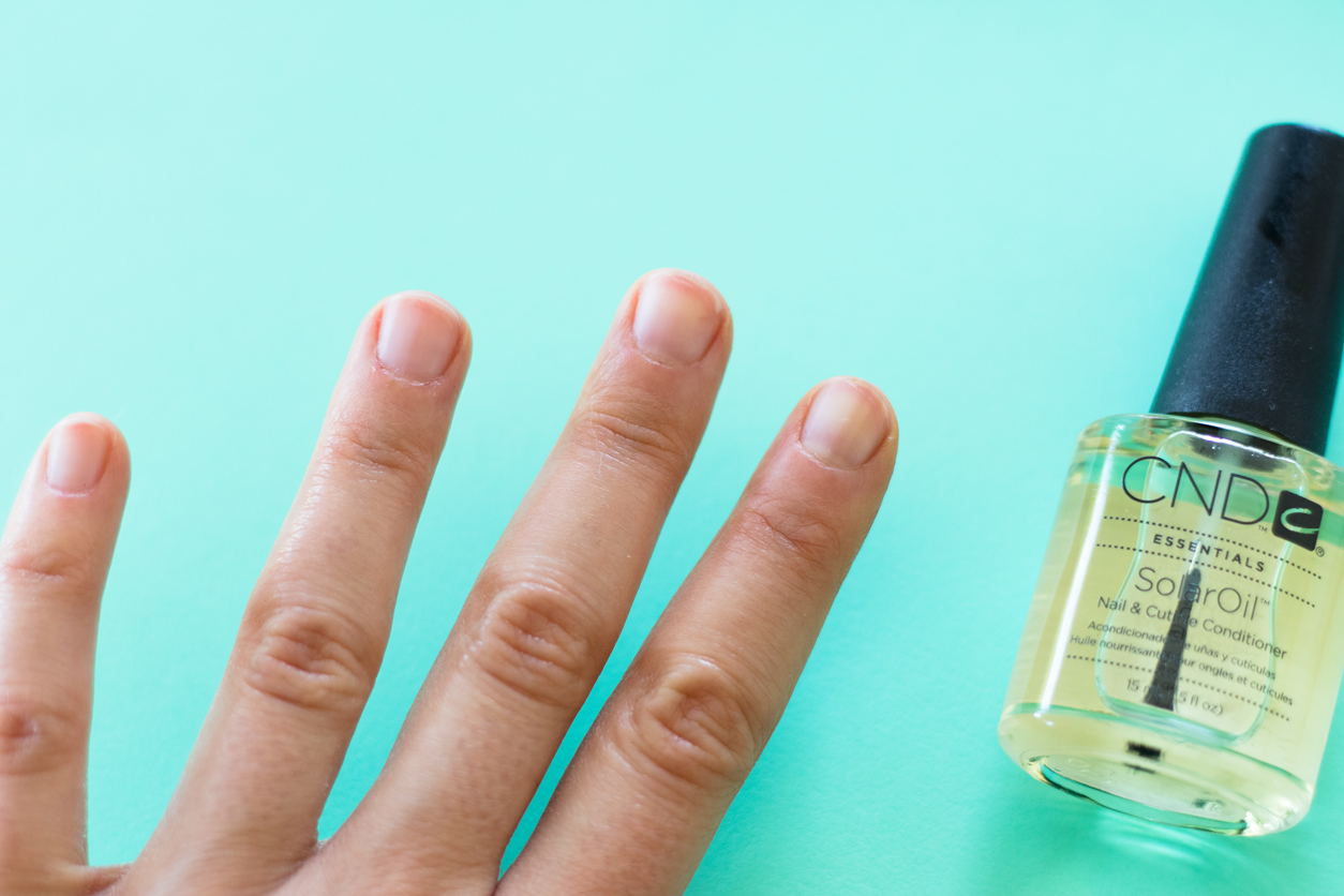 How to Do a Better At-Home Manicure ( Expert Tips! )_after cuticle oil_joyfetti.com